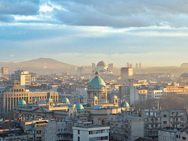 Krizni štab: Svi građani da se vrate u Srbiju do petka