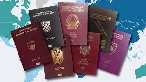 Jeste li se ikad pitali zašto ne smijemo da se smijemo na fotografijama za pasoš?