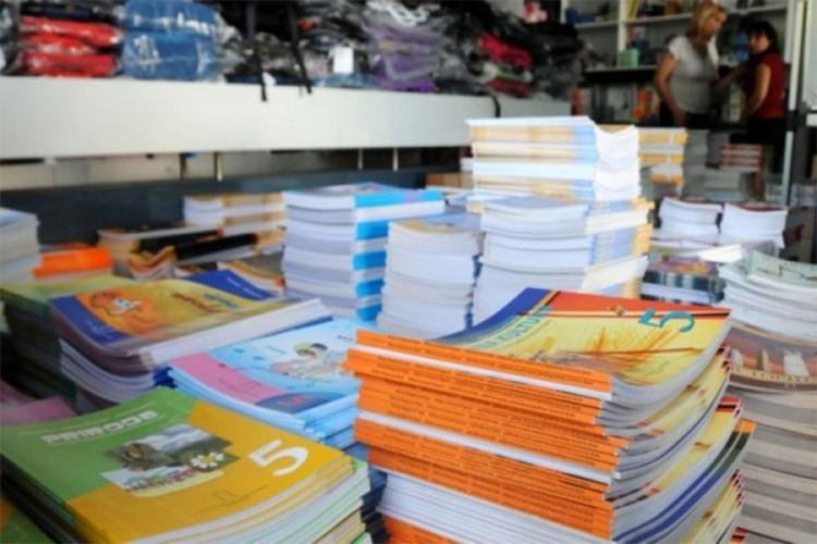 Besplatni udžbenici za sve učenike od prvog do petog razreda u RS